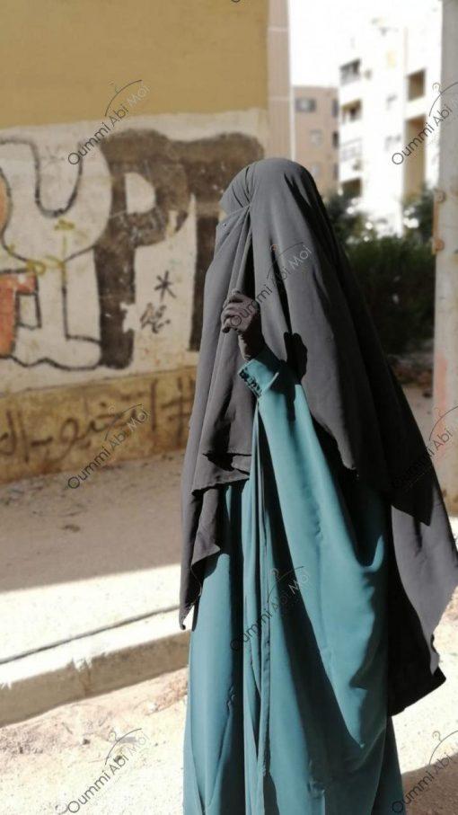 Abaya Bint.a Semi Caviary Vert Emeraude Face